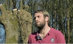 Quentin Gougeon, agriculteur à Vaiges et adhérent de Mayenne Bois Energie.